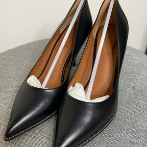Givenchy Pointed Toe Pumps with Zip detail
